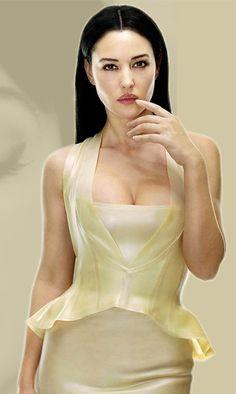 Monica Bellucci in Matrix Reloaded Monica Bellucci Joven, Monica Belluci, Matrix Reloaded, Man In Black, Innocent Girl, Italian Actress, Movie Stars, Fashion Models, Sexy Women
