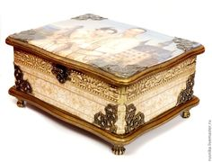 Купить Шкатулка с отредактированной фотографией КОРОЛЕВСКАЯ ПАРА - бежевый, красивый подарок, подарок на годовщину