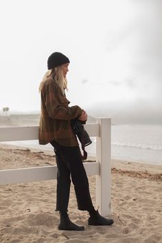 Mode Outfits, Casual Outfits, Fashion Outfits, Womens Fashion, Surfergirl Style, Blundstone Boots, Into The Fire, Mode Inspiration, Mode Style