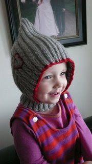 Tante T: Trudes pixielue med hals Knitting For Kids, Baby Knitting Patterns, Crochet For Kids, Free Knitting, Crochet Baby, Knit Crochet, Toddler Cowl, Tricot Baby, Norwegian Knitting