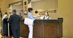 En Comfort Suites Miami, damos la bienvenida a diferentes y variados grupos. Los salones en nuestro hotel son amplios y aptos para todos nuestros huéspedes: reuniones familiares, deportivas o de negocios. Para informacion en espanol, visite http://www.comfortsuitesmiami.com/sp/meetings.