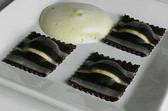 http://www.chefkoch.de/rezepte/1128411219244956/Schokoladen-Nudelteig.html