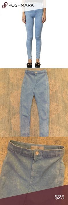 """Topshop """"Joni"""" high rise skinny jeans Topshop """"Joni"""" high rise skinny jeans. Light blue acid watch. These pants are very stretchy but also fit small! Super cute in perfect condition only worn twice. Topshop Jeans Skinny"""