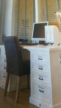 bureau van Riviera Maison staat hoog op mijn verlanglijstje