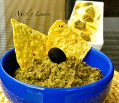 Miel y Limón : HUMMUS de Aceitunas Negras Hummus, Chutney, Crepes, Guacamole, Veggies, Ethnic Recipes, Food, Ideas Para, Drinks