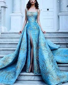 Best Design Ideas for Haute Couture Dresses Beautiful Gowns, Beautiful Outfits, Stunning Dresses, Gorgeous Dress, Glamour, Mode Outfits, 50s Outfits, Crazy Outfits, Pretty Dresses