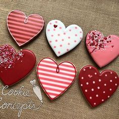 ❤️❤️❤️ To place an order for Valentine's see the link in my profile (www.squareup.com/store/Cookie-Concepts)
