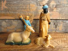 Vintage Christmas Nativity Creche Pieces Angel Wise by corrnucopia, $12.00