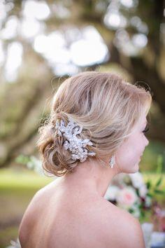 Winter Romance   Victorian inspired wedding inspiration shoot