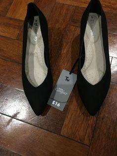 e4cd0fc1 Bnwt Womens Kitten Heel Shoes Size 4 In Black - Kitten Heels from Ebay UK -  #KittenHeels #heels 6.00 (0 Bids) End Date: Thursday Feb-28-2019 20:01:24  GMT ...