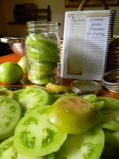 .Canning green tomatoes for frying