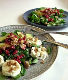 Leckeres Rezept für den Herbst: Feldsalat mit Ziegenkäse, Granatapfel und Avocado.