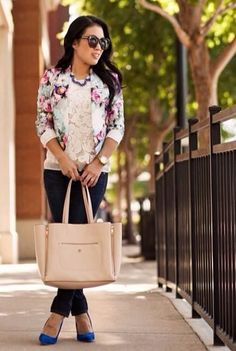 Floral Blazer, Lace Top, Jeans, Nude Tote, Blue Heels
