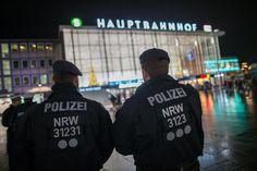 Übergriffean Silvester: Zahl der Anzeigen in Köln steigt auf mehr als 500 - SPIEGEL ONLINE - Panorama
