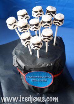 "Photo 6 of Star Wars / Birthday ""Star Wars The Clone Wars Party"" Lego Birthday Party, Star Wars Birthday, Boy Birthday, Birthday Parties, Birthday Ideas, Star Wars Party, Star Wars Cake, Cupcakes, Cupcake Cakes"