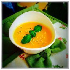 Supă cremă de linte roșie