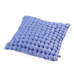 http://designersko.pl/ohoo-poduszka-bawelniana-weave-light-violet - Świeże barwy oraz innowacyjne wykorzystanie tkanin, tworzących trójwymiarową fakturę, sprawia, że poduszki serii weave są nietuzinkowe, jak Ty i Twoje wnętrze.  #poduszka #pillow #pillows #design #dizajn