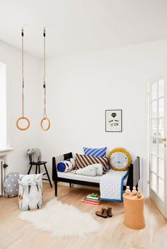 Kids' bedroom with gymnastic rings!