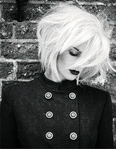 LoveMe~in~Black & White