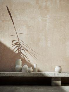 36 Top Minimalist Home Interior Ideas Earthy Home Decor, Minimalist Home Interior, Minimalist Decor, Minimalist Apartment, Minimalist Architecture, Minimalist Living, Modern Interior, Cream Aesthetic, Cozy Aesthetic