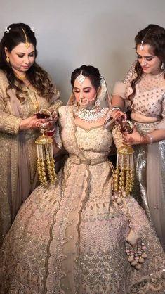 Indian Bridal Photos, Indian Bridal Outfits, Indian Bridal Fashion, Indian Fashion Dresses, Fancy Wedding Dresses, Party Wear Indian Dresses, Bridal Dresses, Indian Bridal Lehenga, Pakistani Bridal Wear