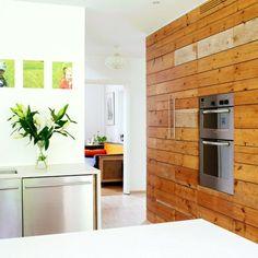 cuisine blanche et bois compacte et chic