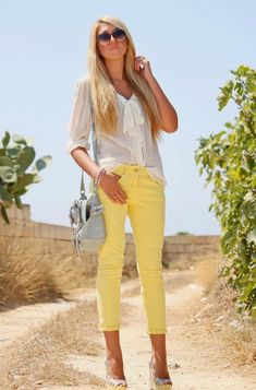 13 Fashionable Cropped Trousers for Summer