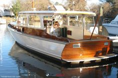 Classic Wood Boats Wood Boats, Making Waves, Classic, Modern, Derby, Wooden Boats, Trendy Tree, Classic Books