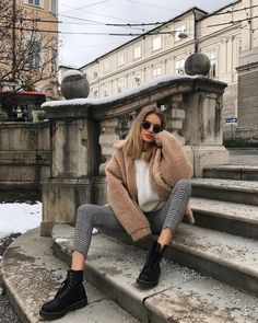 120 fancy winter outfits ideas for women to try right now – page 13 Winter Fashion Outfits, Fall Winter Outfits, Autumn Winter Fashion, Casual Outfits, New York Winter Outfit, Autumn Coat, Fall Coats, Fashion Mode, Look Fashion