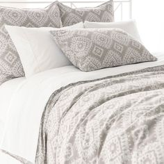Enzyme washed for softness and a distressed, vintage look, this duvet cover bears a gorgeously intricate Indian-inspired pattern. Variations in color are expected.