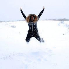 Beyoncé having fun in Iceland (Dec. 2014)