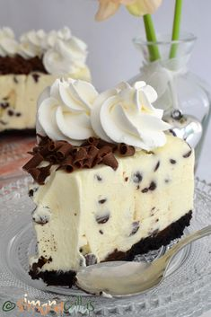 No Bake Chocolate Chip Cheesecake delicious cheesecake simply chocolate cake best cheesecake; best no bake cheesecake cold cheesecake dessert recipe Best No Bake Cheesecake, Chocolate Chip Cheesecake, Cheesecake Desserts, Oreo Dessert, Dessert Drinks, Cheesecake With Whipped Cream, White Chocolate Desserts, Cookie Recipes, Dessert Recipes
