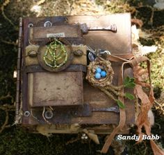 Quill Cottage: ELEMENTS OF NATURE, A HANDMADE ART BOOK...  Beautiful handmade 5x5 book by Sandy Babb.