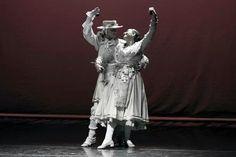 Bolero de l'Alcúdia. Esbart Dansaire de Rubí. Photo: Jordi Gatell