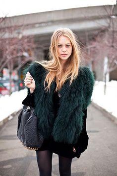 faux fur coat - so chic!!