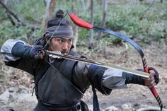 Korean traditional archer. How to shoot short arrows.