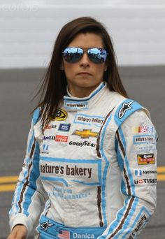 Danica Patrick walks on the grid at Daytona International Speedway, 2/21/16. Sue Patrick, Danica Patrick, Hard Working Women, Working Girls, Pit Girls, Daytona International Speedway, Daytona 500, Supersport, Car And Driver