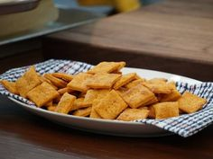 Smokey Cheddar Cheese Crackers | Valerie Bertinelli | Valerie's Home Cooking