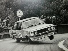 Ford Escort - 1977 Castrol National Rally - Malcolm Wilson y Ron Palmer Ford Rs, Car Ford, Sport Cars, Race Cars, Ford Motorsport, Wheel In The Sky, Ford Classic Cars, Classic Motors, Ford Escort