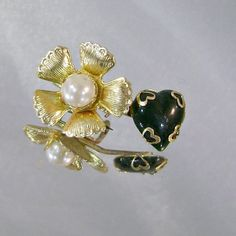 Vintage Hearts Flower Brooch with Faux Pearl Black Glass by waalaa, $24.99