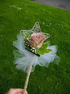 Flower girl wand #weddings #flowers #wand #flowergirl