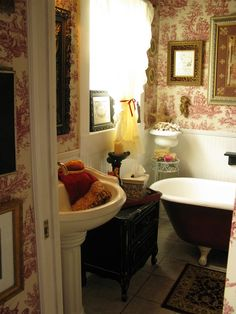 toile bathroom via Dear Daisy Cottage English Country Decor, French Country Decorating, Vintage Country, French Cottage, French Country House, European House, French Bathroom, Mirror Bathroom, Oak Bathroom