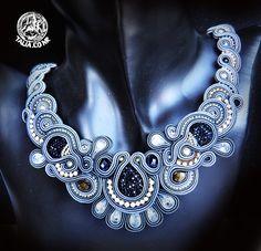 Soutache necklace & earrings in Grey