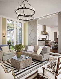 Schiebetür zwischen Küche und Wohnzimmer aus Holz oder Glas?