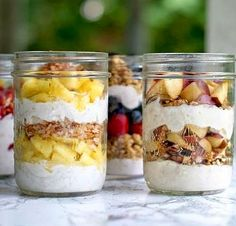 Breakfast Recipes, Healthy Lifestyle, Mason Jars, Oatmeal, Food And Drink, Pudding, Desserts, Breakfast Parfait, Pizza