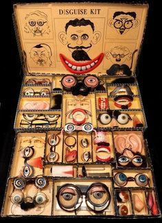 Vintage Disguise Kit (the Mel Birnkrant Collection) Pub Vintage, Vintage Love, Vintage Antiques, Vintage Oddities, Vintage Games, Paperclay, Weird And Wonderful, Antique Toys, Old Toys