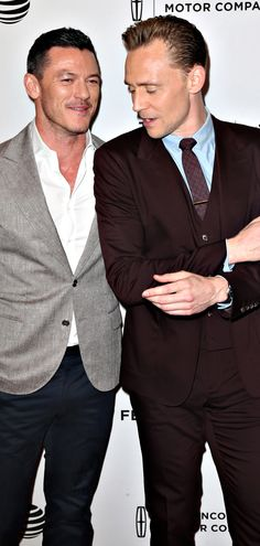 Luke Evans and Tom Hiddleston attend High-Rise Premiere - 2016 Tribeca Film Festival at SVA Theatre on April 20, 2016 in New York City. Full size image: http://ww2.sinaimg.cn/large/6e14d388gw1f34nj13caej22gw3askjl.jpg Source: Torrilla, Weibo http://www.weibo.com/1846858632/Ds2bp4VBW?from=page_1005051846858632_profile&wvr=6&mod=weibotime&type=comment#_rnd1461268388631