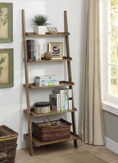 How to Make Interior Decorating Easy and Functional with an Inexpensive Rustic Ladder Bookshelf that You Simply Lean Up Against a Wall. Ladder Shelf Decor, Ladder Bookshelf, Bookshelves In Bedroom, Leaning Bookshelf, Leaning Wall Shelf, Bookshelf Living Room, Bathroom Ladder Shelf, Apartment Bookshelves, Simple Bookshelf