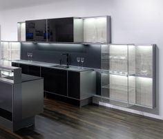 Fitted kitchens | Kitchen systems | P'7340 | Poggenpohl. Check it out on Architonic