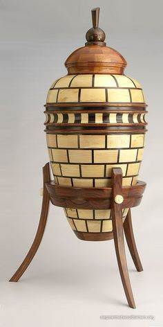 """Résultat de recherche d'images pour """"Embellishing wood turnings"""""""